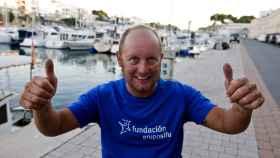 Martí Riera, el primer discapacitado en cruzar a nado el canal de Menorca.
