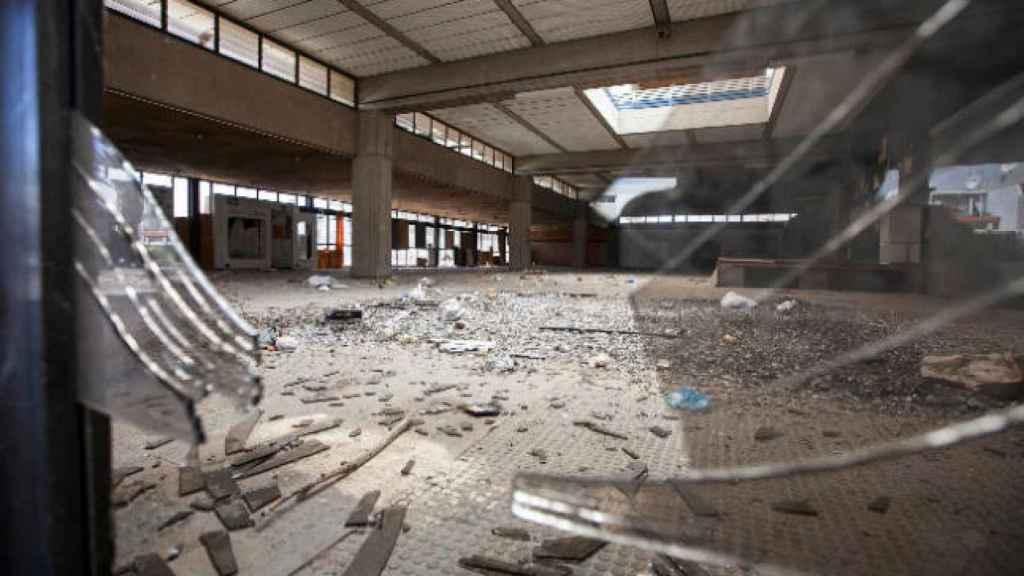 El centro comercial Ten-Bel, referente en Tenerife el siglo pasado, está abandonado y en ruinas.