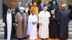 El papa Francisco y otros líderes religiosos, que no participan en el estudio.