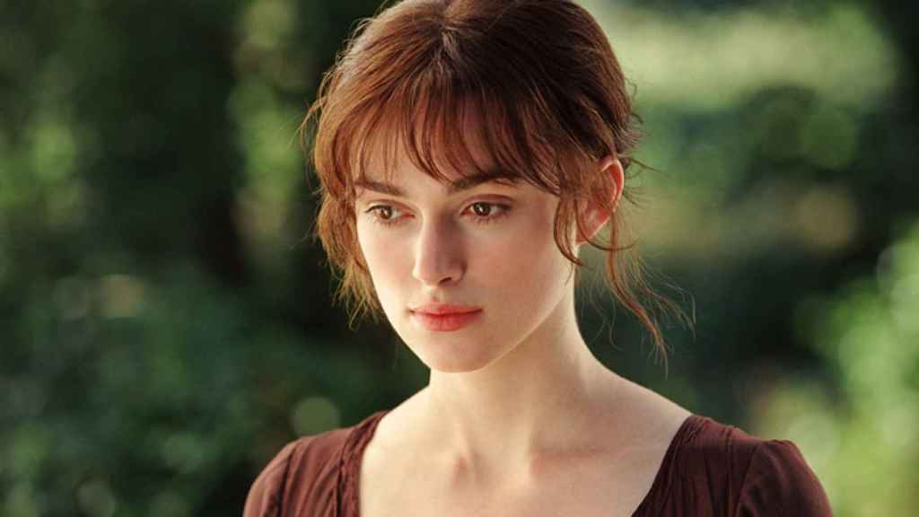 Keira Knightley como Elizabeth Bennet en la versión cinematográfica de Orgullo y prejuicio de Joe Wright.