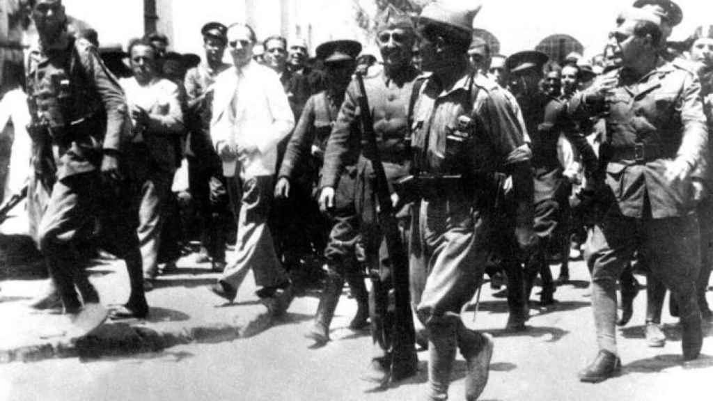 Franco llegando a Ceuta el 18 de julio de 1936.