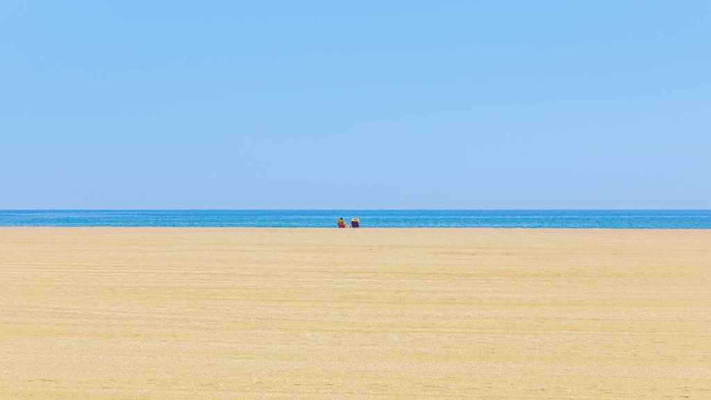 Panorámica de la playa Urbanización Roquetas, en Roquetas de Mar.
