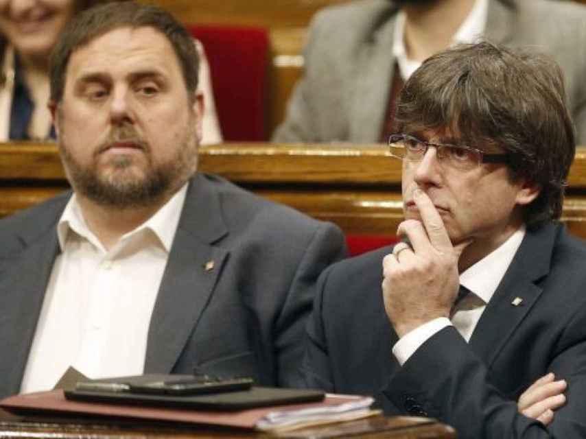 Puigdemont y Junqueras, en el Parlament