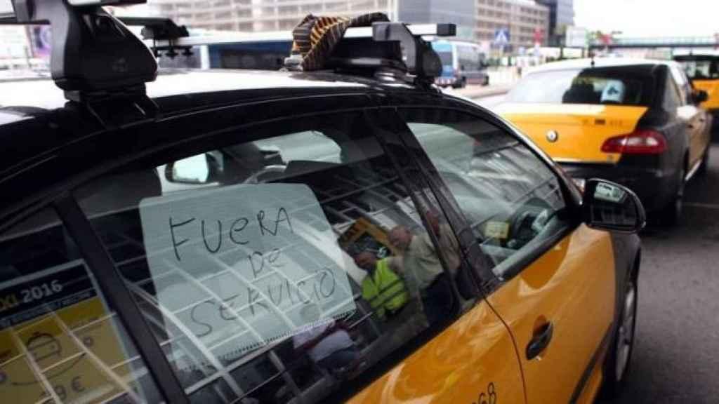Un taxi en la última huelga.