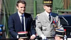 Macron y De Villiers en el desfile del 14 de julio