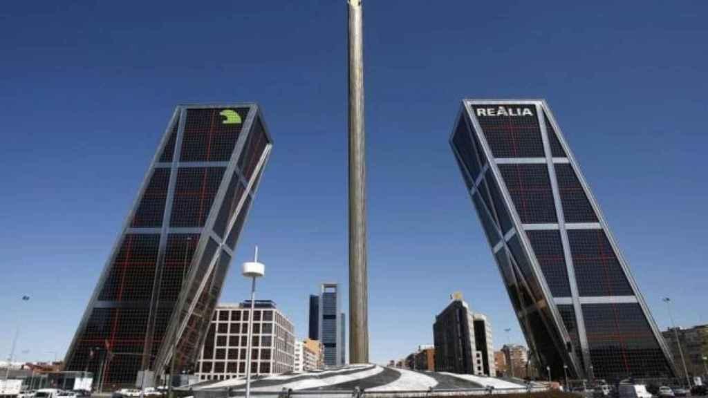 El obelisco de Calatrava.