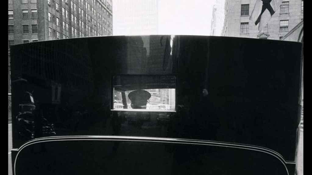 Untitled. Park Avenue, (1959) de  Robert Frank. | Foto: IVAM.