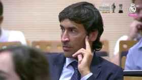 Raúl González ya ejerce su nuevo cargo en el Real Madrid.