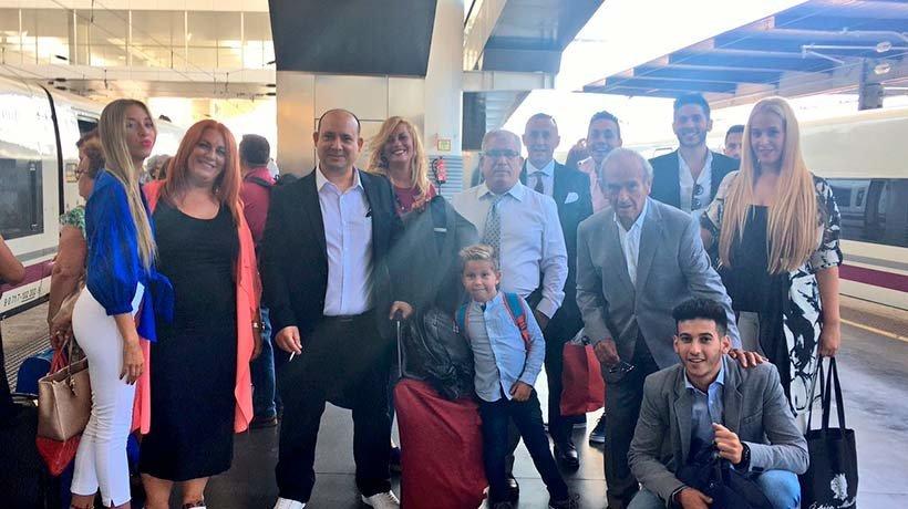 La familia de Dani Ceballos, arropando al nuevo jugador del Real Madrid