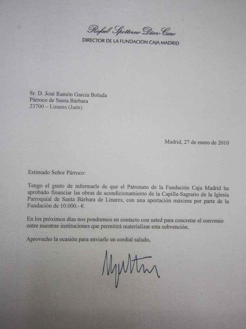 Carta enviada por el anterior párroco de Santa Bárbara a Miguel Blesa para solicitar su ayuda en la restauración de la capilla del templo y la respuesta favorable del patronato de la Fundación.