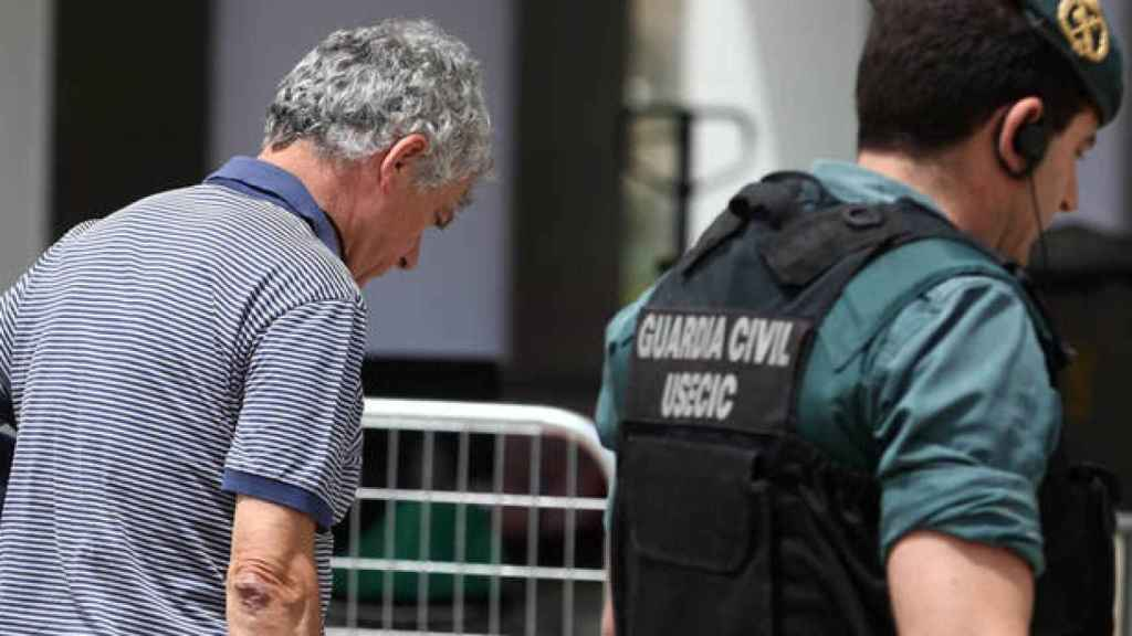Angel María Villar durante su detención por la UCO el pasado martes.