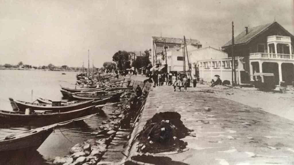 Hasta mediados de los 50, Cap D'Agde era un pueblo de pescadores y todos iban vestidos