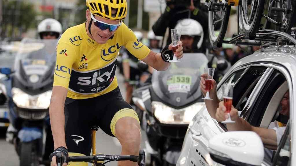 Froome, durante la última jornada del Tour de Francia 2017, celebrando su victoria.