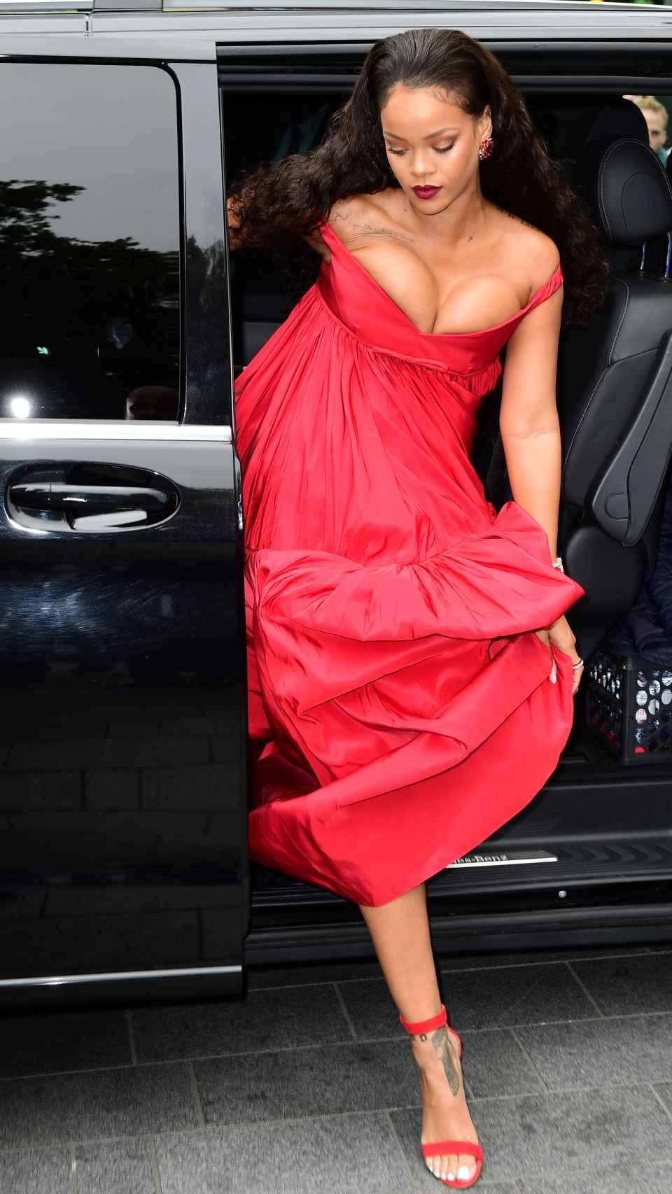 Rihanna, a su llegada a la premiere.