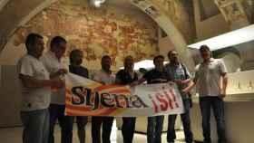 Los habitantes de Sijena se manifestaron en el Museu de Lleida reivindicando que les devuelvan sus obras de arte