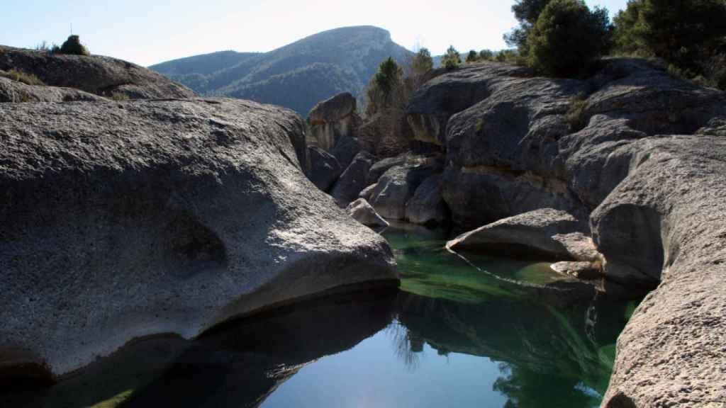 El río Bergantes a su paso por Aguaviva (Teruel).