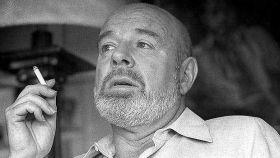 El poeta Jaime Gil de Biedma.