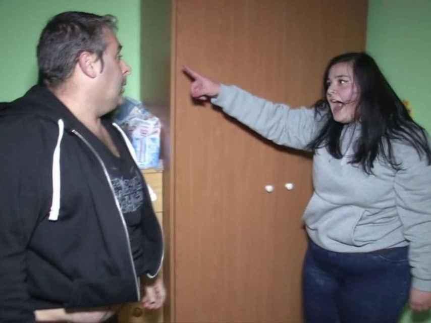 Imagen de una adolescente gritándole a su padre en el programa 'Hermano Mayor'