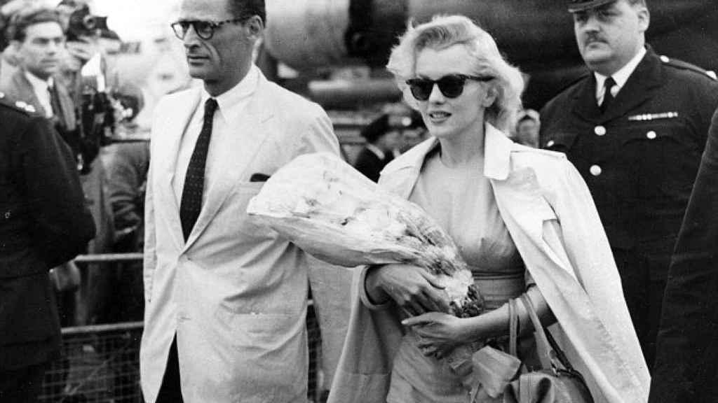 La actriz junto a su marido Arthur Miller.   Foto: GTRES.