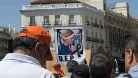 Una pancarta tributo a Mel Capitán.