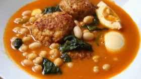El potaje de acelgas es uno de los platos más típicos de la dieta mediterránea.