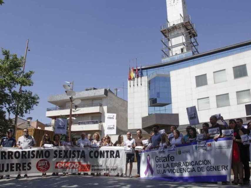 Concentración contra el crimen convocada por el Ayuntamiento de Getafe.
