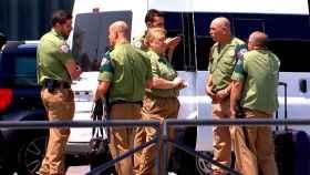 Guardas de seguridad del aeródromo barcelonés.