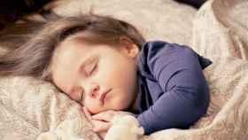 Lo dice la ciencia: por cada hora de siesta de un bebé, más crece.
