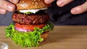 La OCU ha analizado las calidades de la carne de hamburguesa envasada.