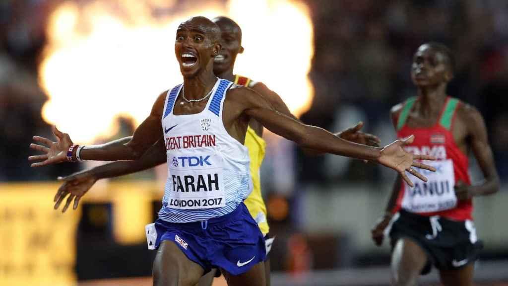 Mo Farah celebra su victoria en la final de 10.000 metros del pasado Mundial de Londres.