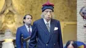 El día que Dalí recibió la Medalla de Oro de la Generalitat, en el 81. Con su barretina.