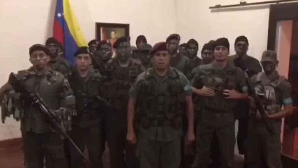 Captura del mensaje en vídeo distribuido por los militares en rebeldía.