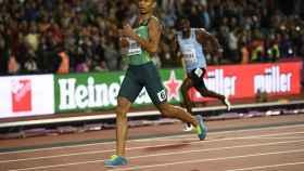 Van Niekerk ganó la final de los 400 metros del Mundial de Londres.