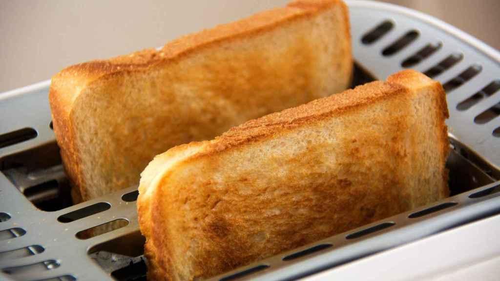 Mucho cuidado a la hora de tostar el pan de un sándwich.