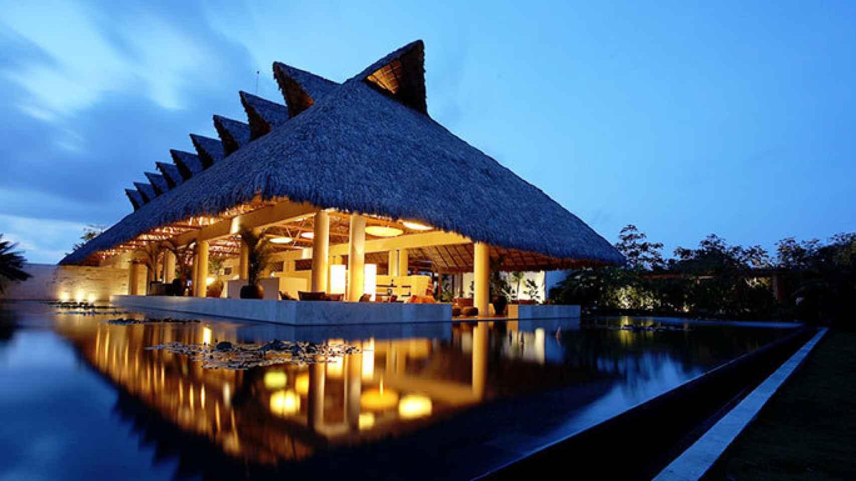 Así es el lujoso hotel en el que se alojan los hermanos Bono