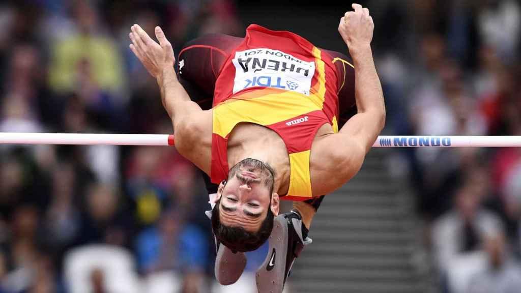Ureña saltó 2.08 en la altura del decathlon.