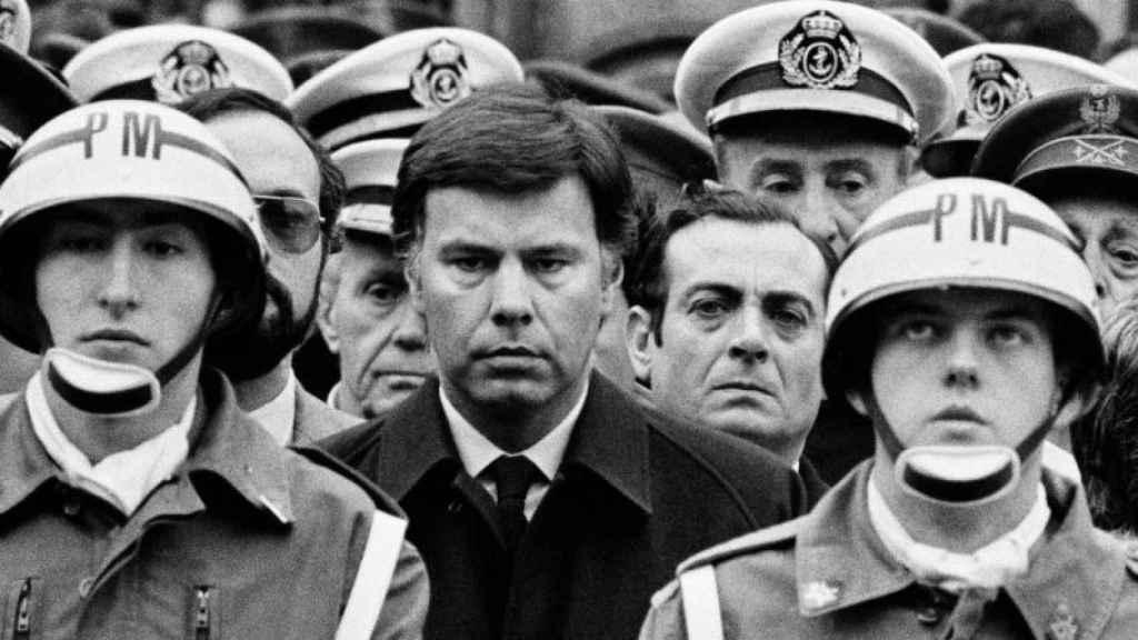 Fotografía de Cancio, publicada en El País, ahora en Españoles, Franco ha muerto. Libros.com.