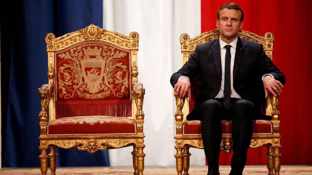Macron durante un acto en el Ayuntamiento de París