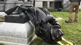 La estatua estaba situada frente al juzgado de Durham