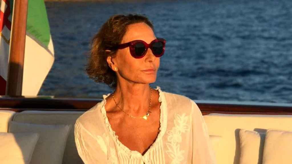 La socialité, durante su travesía por las aguas del mar Tirreno.