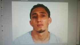 La Policía trabaja con esta imagen de un joven magrebí  como sospechoso