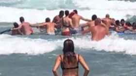 Rescatados cuatro bañistas en La Manga.