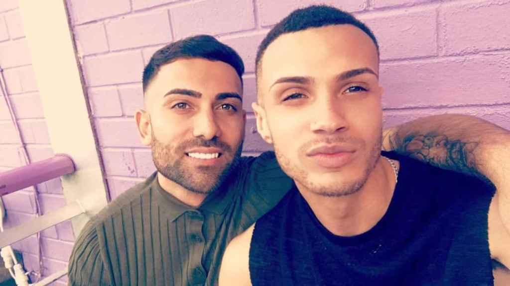 Chris y Corey acudieron juntos al concierto de Ariana Grande y sobrevivieron; también estaban juntos en Barcelona ayer, junto a La Rambla.