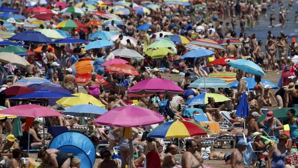 Una playa española en verano