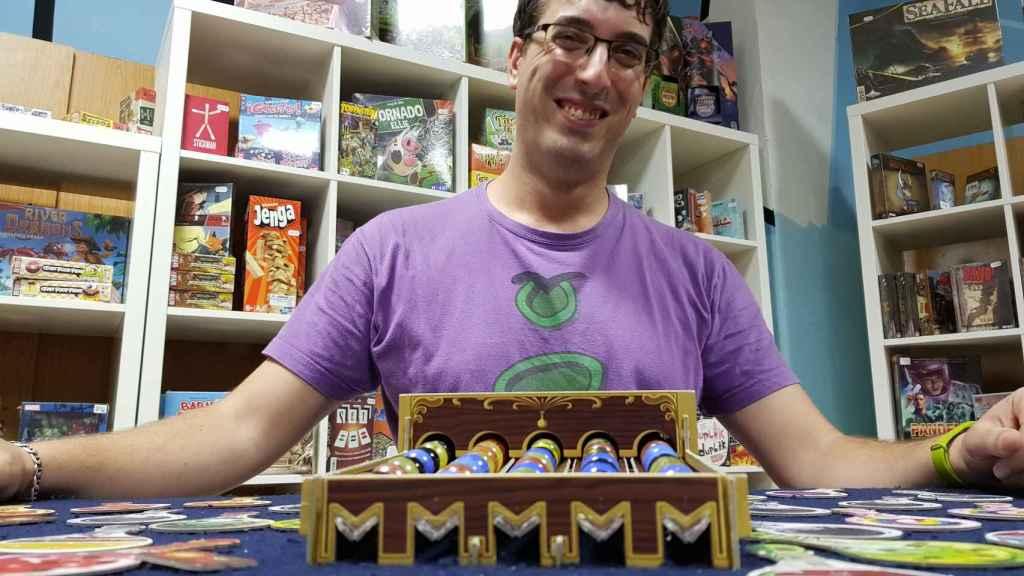 Ángel Galindo con el Potion Explotion, el Candy Crush de los juegos de mesa.