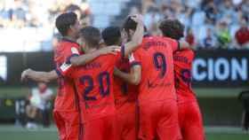 Los jugadores de la Real Sociedad celebran un gol en Balaídos.