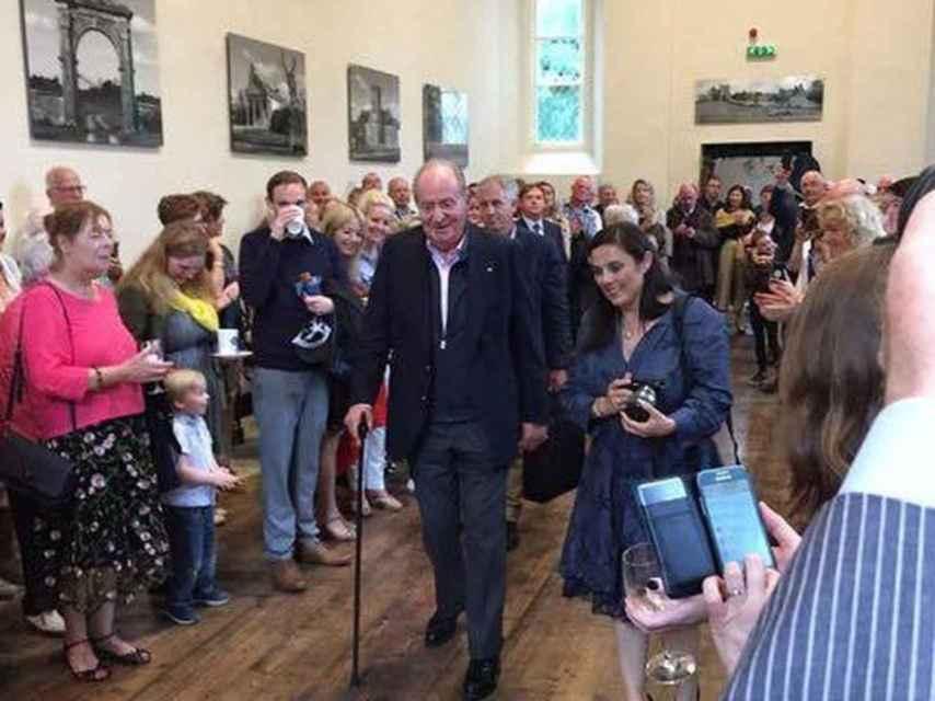 El rey emérito, a su llegada a la inauguración en Clonmellon.