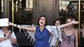 Juana Rivas a su salida de los Juzgados de Granada.