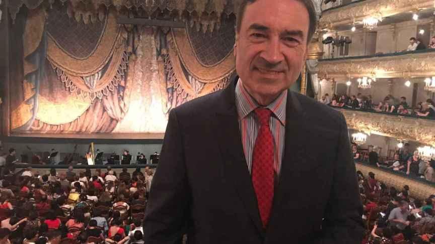 En el Palco Imperial del Teatro Mariinsky en el intermedio del Lago de los Cisnes.