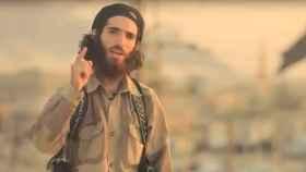 Muhammed Ahram Pérez en el vídeo difundido tras los ataques en Cataluña.